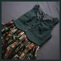 Lolita / soft girl / dress original27 Red (short), green (short), red (long), green (long) L,M,S