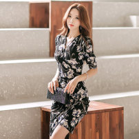 Dress Spring of 2019 Decor S,M,L,XL Miniskirt singleton  commute V-neck middle-waisted Decor Socket One pace skirt routine Others Other / other Korean version 81% (inclusive) - 90% (inclusive) other other