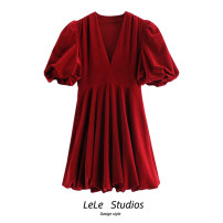 Dress Spring 2021 Black, red XS,S,M,L Short skirt singleton  Short sleeve commute V-neck High waist Solid color Cake skirt puff sleeve 18-24 years old Type A 51% (inclusive) - 70% (inclusive) velvet other