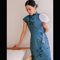 cheongsam Summer 2020 S,M,L,XL,XXL Short sleeve long cheongsam literature Low slit Appointment Oblique lapel Decor 18-25 years old Piping polyester fiber 91% (inclusive) - 95% (inclusive)