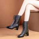 Boots 35,36,37,38,39,40 Black (plush) PU Other / other Middle heel (3-5cm) Thick heel PU Over the knee Round head Artificial short plush Artificial short plush Autumn of 2019 Side zipper Korean version rubber Solid color Martin boots Adhesive shoes winter
