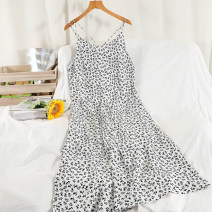 Dress Summer 2021 Black, white Average size longuette singleton  Sleeveless commute V-neck Loose waist Broken flowers Socket A-line skirt other camisole 18-24 years old Type A Korean version 51% (inclusive) - 70% (inclusive) Chiffon other