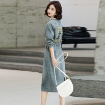 Dress Autumn 2020 Picture color M L XL 2XL Mid length dress singleton  Long sleeves commute Crew neck middle-waisted Single breasted routine Others 25-29 years old Yi chunduo Korean version Y20CDYK1989 More than 95% Denim other Other 100% Pure e-commerce (online only)