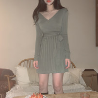 Dress Winter 2020 Green, black, beige S,M,L longuette singleton  Long sleeves commute V-neck High waist Solid color Socket A-line skirt routine Others 25-29 years old Type A Zilihua Korean version Fold, lace up More than 95% knitting other