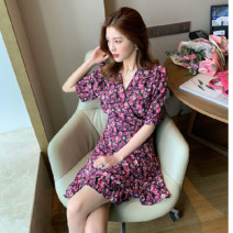 Dress Summer 2021 Apricot, violet, leggings, white S,M,L,XL,2XL,3XL Mid length dress singleton  Short sleeve commute V-neck Socket Korean version 81% (inclusive) - 90% (inclusive)