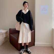 sweater Winter 2020 Average size Black sweater and apricot skirt other 31% (inclusive) - 50% (inclusive) Regular 6780#