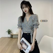 shirt Average size Summer 2021 other 30% and below Short sleeve commute Short style (40cm < length ≤ 50cm) V-neck Socket routine Broken flowers 18-24 years old Retro Chiffon