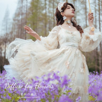Lolita / soft girl / dress Lingxi Please read the details carefully before placing an order. The jsk deposit for the second batch of raw color is not refundable, and the deposit for the second batch of small shirts is not refundable Summer, spring, autumn Customized
