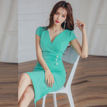 Dress Summer 2021 Light green S,M,L,XL Miniskirt singleton  Short sleeve commute V-neck middle-waisted Solid color Socket One pace skirt routine Breast wrapping Korean version 81% (inclusive) - 90% (inclusive) brocade nylon