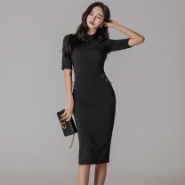 Dress Spring 2021 black S,M,L,XL Miniskirt singleton  Short sleeve commute Crew neck middle-waisted Solid color Socket One pace skirt routine Korean version zipper 81% (inclusive) - 90% (inclusive) brocade nylon