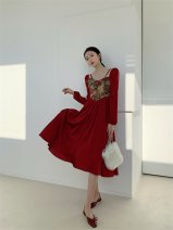 Dress Autumn 2020 Retro Red, oil blue S,M,L Mid length dress singleton  Long sleeves commute square neck High waist Broken flowers zipper Big swing puff sleeve Others Type A Other / other Retro 31% (inclusive) - 50% (inclusive) other polyester fiber