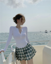 Fashion suit Spring 2021 S. M, l, average size Black long sleeve , White long sleeve , Dark green skirt 18-25 years old 336# 51% (inclusive) - 70% (inclusive) polyester fiber