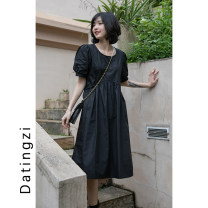 Dress Summer 2020 black S,M,L Mid length dress Short sleeve commute Crew neck Solid color Socket other Others 25-29 years old Type A 51% (inclusive) - 70% (inclusive) other polyester fiber