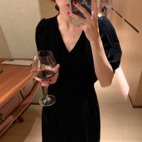 Dress Spring 2021 black Average size Mid length dress singleton  Short sleeve commute V-neck High waist Solid color Socket Others 18-24 years old Type A Other / other Korean version 51% (inclusive) - 70% (inclusive)
