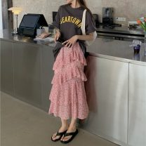 Fashion suit Summer 2021 Average size Red skirt, blue skirt, dark grey T-shirt, milk tea card T-shirt, white T-shirt 18-25 years old 3705X 51% (inclusive) - 70% (inclusive) polyester fiber