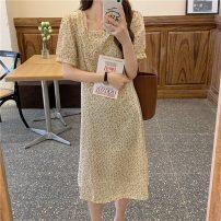 Dress Summer 2021 Apricot yellow Average size Middle-skirt singleton  Short sleeve commute square neck Broken flowers Socket routine 18-24 years old Type A Korean version 7022X 51% (inclusive) - 70% (inclusive) polyester fiber