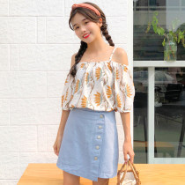 Fashion suit Summer of 2018 Average size Blue top white top Jeans Blue Skirt M Jeans Blue Skirt l Jeans Blue Skirt XL jeans white skirt m jeans white skirt l jeans white skirt XL 18-25 years old Other / other 8075X 81% (inclusive) - 90% (inclusive) polyester fiber