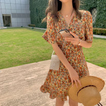 Dress Summer 2020 S,M,L,XL Middle-skirt singleton  Short sleeve commute V-neck middle-waisted Broken flowers Socket Ruffle Skirt routine Type A Korean version 51% (inclusive) - 70% (inclusive)