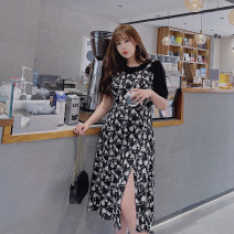 Women's large Spring 2021, summer 2021 black Large XL, large XXL, large XXL, large XXXXL, large XXXXL Dress Fake two pieces commute Self cultivation moderate Socket Short sleeve Plants and flowers lady other Medium length polyester routine Medium length
