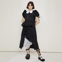 Fashion suit Summer 2021 S. M, average size Black top, white top, black shoulder skirt, white shoulder skirt, black base coat, cream base coat 18-25 years old