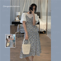 Dress Spring 2021 White top, blue suspender skirt, white top + blue suspender skirt Average size Mid length dress Two piece set Short sleeve commute Crew neck High waist Broken flowers Socket A-line skirt other camisole 18-24 years old Type A I-1-2 G-2-5