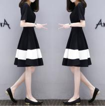 Dress Summer 2020 Yk-288 black and white stitched skirt [high quality version], T-shirt delivered randomly from warehouse M suggests less than 100 kg, l suggests 100-110 kg, XL suggests 110-120 kg, XXL suggests 120-140 kg, 3XL suggests 140-155 kg Mid length dress singleton  Short sleeve commute other