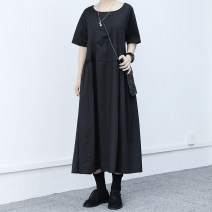 Dress Summer 2021 Black, white Average size Mid length dress singleton  Short sleeve commute Crew neck Loose waist Solid color Socket Big swing routine Others Retro 91% (inclusive) - 95% (inclusive) Poplin cotton