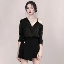 Fashion suit Autumn of 2019 S,M,L,XL Black suit [top + shorts]