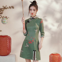 cheongsam Winter 2020 S M L XL XXL Blue Crane - Green other long cheongsam Retro Low slit daily Oblique lapel other 18-25 years old Piping HLQ20310 Lotus love other Other 100% Pure e-commerce (online only) 96% and above