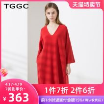 Dress Winter of 2019 Ink black magic red 155/80A/S 160/84A/M 165/88A/L 170/92A/XL 175/96A/XXL Middle-skirt singleton  Long sleeves commute V-neck middle-waisted Solid color Socket A-line skirt other 25-29 years old Type A Tggc / Taiwan embroidery Simplicity pocket F23387 polyester fiber