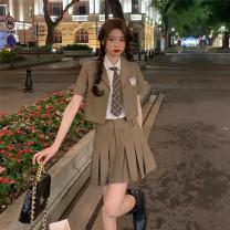 Fashion suit Spring 2021 Average size Khaki top , S Khaki Skirt , Pink top , S pink skirt , white shirt + necktie , M Khaki Skirt , M pink skirt 18-25 years old 71% (inclusive) - 80% (inclusive) polyester fiber