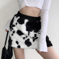skirt Winter 2020 S,M,L Black and white Short skirt street High waist skirt Animal pattern Type H 18-24 years old DLVKD00849 31% (inclusive) - 50% (inclusive) other acrylic fibres Resin fixation Europe and America
