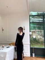 Dress Winter 2020 Black (2-5 days) XS,S,M,L Mid length dress singleton  Long sleeves V-neck 18-24 years old L2012010