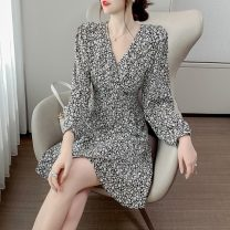 Dress Autumn 2020 Red, black S,M,L,XL Mid length dress singleton  Long sleeves commute V-neck middle-waisted Decor Socket A-line skirt puff sleeve Others 18-24 years old Type A Korean version printing 31% (inclusive) - 50% (inclusive) polyester fiber