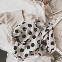 Plain coat Other / other neutral 80cm,90cm,100cm,110cm,120cm,130cm,140cm Polka, beige solid, Polka presale, beige solid presale spring and autumn leisure time Single breasted There are models in the real shooting Thin money nothing Dot other V-neck