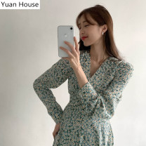 Dress Autumn 2020 Black, bean green S,M,L,XL Short skirt singleton  Long sleeves commute V-neck High waist Broken flowers zipper A-line skirt routine 18-24 years old Korean version Ruffle, lace, stitching, bandage, printing Chiffon