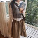 Fashion suit Autumn 2020 S,M,L,XL White shirt, vest, skirt, white shirt + skirt, white shirt + skirt + vest 18-25 years old 51% (inclusive) - 70% (inclusive) cotton