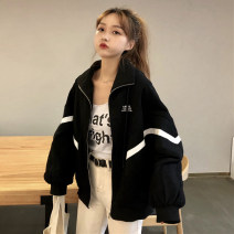short coat Autumn of 2018 One size fits all, XXXs pre-sale White, black Long sleeves routine routine singleton  easy commute other other zipper other 18-24 years old Other / other 81% (inclusive) - 90% (inclusive) zipper polyester fiber