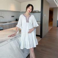 Dress Other / other white M,L,XL,XXL Korean version Short sleeve Medium length summer V-neck Solid color polyester WS009680