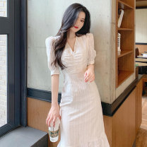 Dress Summer 2020 White dress S M L XL longuette singleton  Short sleeve commute V-neck High waist Solid color Socket A-line skirt puff sleeve Others 18-24 years old Type A Soaino Korean version More than 95% Chiffon polyester fiber Polyester 100% Pure e-commerce (online only)