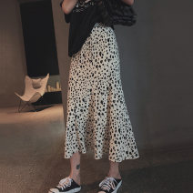 skirt Summer 2020 S,M,L white Mid length dress commute High waist A-line skirt Leopard Print Type A 25-29 years old 91% (inclusive) - 95% (inclusive) Other / other acrylic fibres printing Korean version