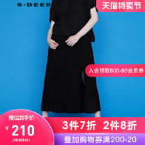 skirt Summer 2020 S/160 M/165 L/170 XL/175 Black / 91 longuette commute Natural waist other Type A 25-29 years old 30% and below s.deer polyester fiber Ol style Regenerated cellulose 75% polyester 25% Same model in shopping mall (sold online and offline)