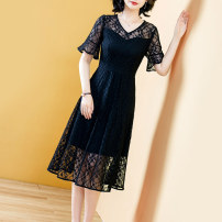 Dress Summer 2021 Black black- S M L XL 2XL 3XL Mid length dress singleton  Short sleeve commute V-neck middle-waisted Solid color Socket A-line skirt routine Others 40-49 years old Type A Yi meichu lady Stitched zipper lace YN-1173 More than 95% other other Other 100% Pure e-commerce (online only)