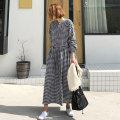 Dress Summer of 2019 Black and white check S M L XL longuette singleton  Long sleeves commute Crew neck Loose waist lattice Socket A-line skirt routine Others 25-29 years old Type A Art in love with Su Korean version Pleated button YLSX113 51% (inclusive) - 70% (inclusive) cotton