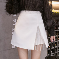 skirt Autumn 2020 S M L XL White black Short skirt commute High waist A-line skirt Solid color Type A 25-29 years old 20090507X 91% (inclusive) - 95% (inclusive) Xoonwen / Xuanwen polyester fiber Tassel and diamond zipper Korean version Other polyester 95% 5% Pure e-commerce (online only)