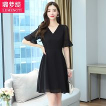 Women's large Summer 2021 Black short [Summer 2021 new women] S [recommended 80-95 kg] m [recommended 85-100 kg] l [recommended 100-118 kg] XL [recommended 120-133 kg] 2XL [recommended 135-148 kg] 3XL [recommended 150-163 kg] Dress singleton  commute easy moderate Socket Short sleeve Solid color