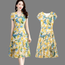 Dress Summer 2020 Yellow pollen flower M L XL XXL XXXL Mid length dress singleton  Short sleeve commute V-neck middle-waisted Decor Socket Cake skirt other Others 25-29 years old Type A Wan Shangge Korean version WSGXXM More than 95% Chiffon polyester fiber Polyester 94.5% other 5.5%