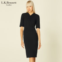 Dress Spring 2021 black longuette singleton  Short sleeve commute other middle-waisted Solid color zipper One pace skirt routine Others 30-34 years old Type X Simplicity zipper 51% (inclusive) - 70% (inclusive) polyester fiber Same model in shopping mall (sold online and offline)