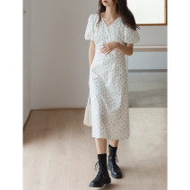 Dress Summer 2021 Broken flowers on a white background S,M,L longuette singleton  Short sleeve commute V-neck High waist Decor Socket A-line skirt puff sleeve Others 18-24 years old Type A Wang Feijia Korean version printing More than 95% other cotton
