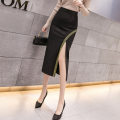 skirt Spring 2021 S,M,L,XL,2XL Gold, silver Mid length dress Versatile High waist skirt Solid color Type H 25-29 years old DY20305 51% (inclusive) - 70% (inclusive) Bright silk, resin fixation, splicing 201g / m ^ 2 (including) - 250G / m ^ 2 (including)